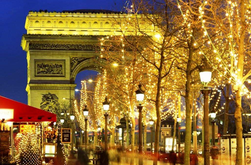 Рождество в Париже. Новогодние каникулы в Париже.