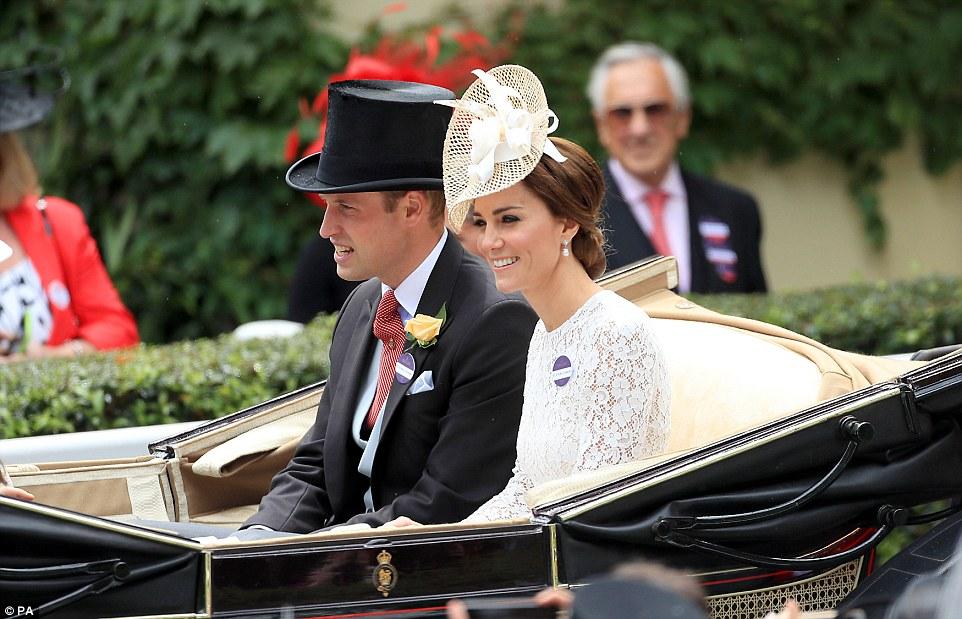 Скачки The Royal Ascot. Как попасть в The Royal Enclosure.