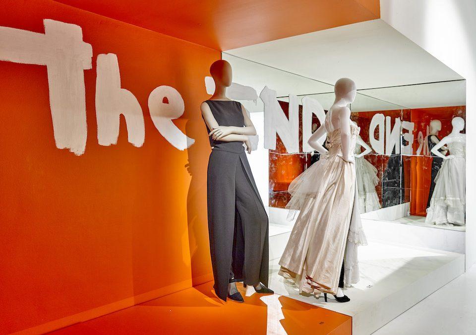 Выставка  работ Мартина Марджелы для Hermes в Музее декоративных искусств