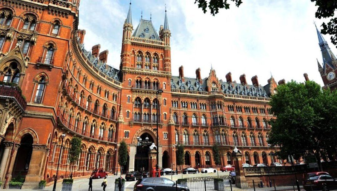 Архитектурный тур на Кингс-Кросс по отелю Renaissance St Pancras